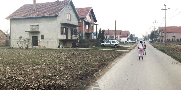 Plac Batajnica
