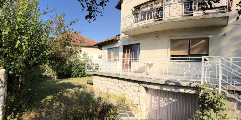 Kuća Stari Banovci