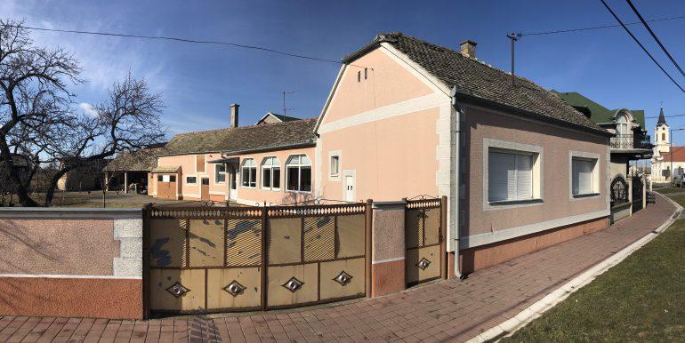 Krnješevci kuća
