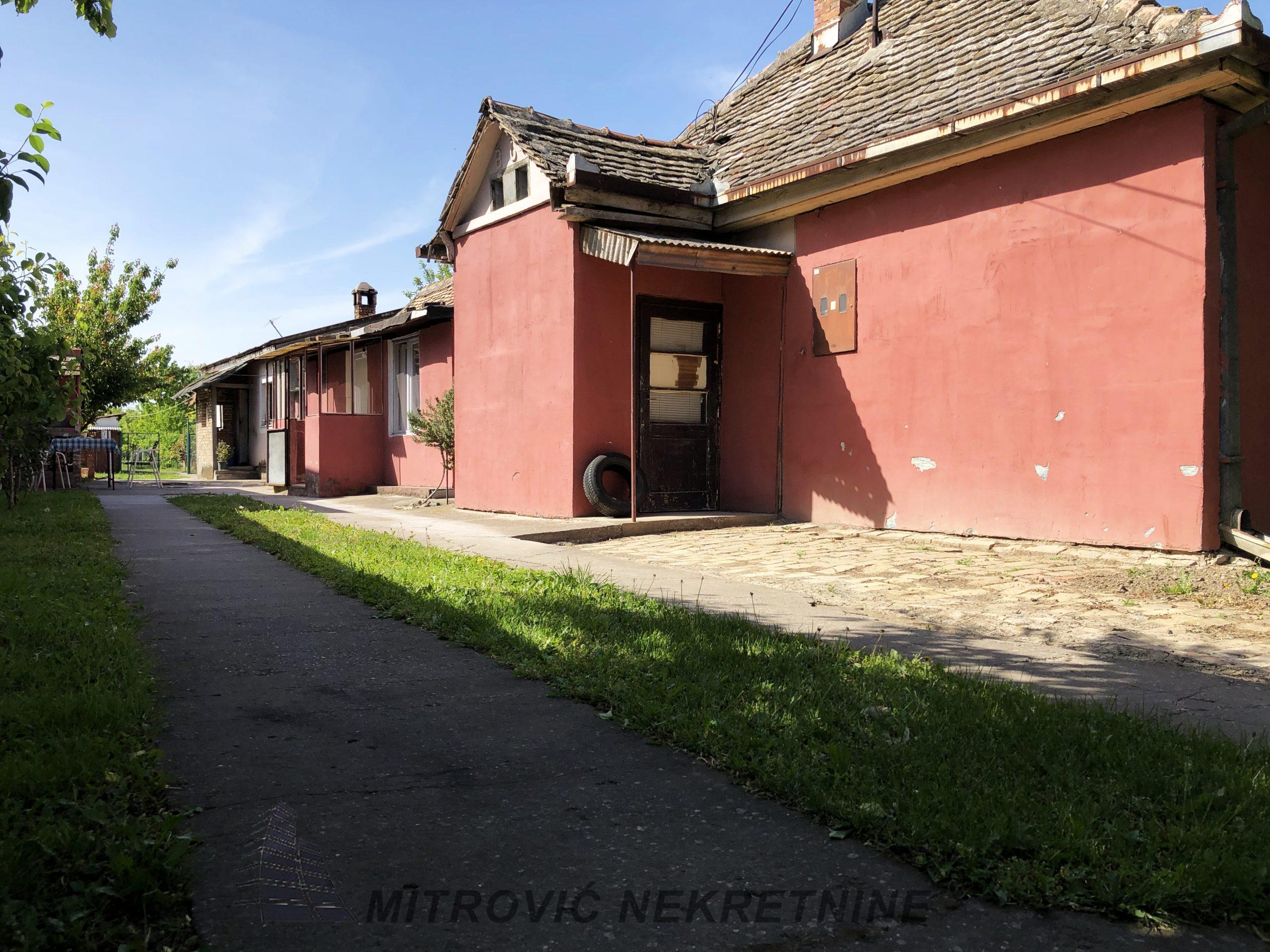 Kuća Batajnica, ul. Jovana Brankovića površine 118m2